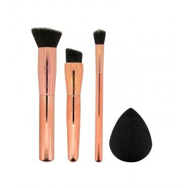 Makeup Revolution - Set Brochas y Esponja Ultra Sculpt & Blend Collection