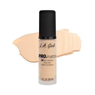 L.A. Girl - Base de Maquillaje Fluida PRO Matte - GLM717: Soft Beige