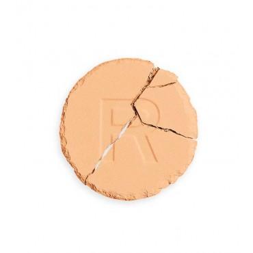 Revolution - Base de maquillaje en polvo Conceal & Define - P12.2